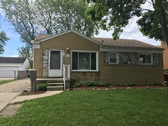 St Clair Shores 2 Bedroom 2 Bath Brick Ranch A Block From Lake St Clair For Sale